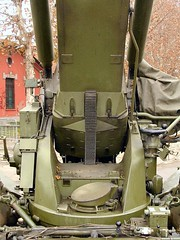 "FH-70 155mm Field Howitzer 10 • <a style=""font-size:0.8em;"" href=""http://www.flickr.com/photos/81723459@N04/25982255788/"" target=""_blank"">View on Flickr</a>"