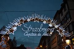 Capital De Noel [Strasbourg - 9 December 2017] (Doc. Ing.) Tags: 2017 france alsace grandest basrhin strasbourg upperrhine dusk sunset christmas christmasdecorations christmaslights