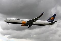 TF-ISO (FabioZ2) Tags: londra atterraggio boeing 767319erwl cn29388 icelandair