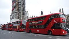 A line of Londoners - Westminster Bridge (paulburr73) Tags: lt427 newbus4london borismaster routemaster ltz1427 12382 yx16ogw e400 enviro400 mmc majormodelchange stagecoach selkent hybrid nbfl nb4l buses london a302 westminsterbridge whitehall capitalcity adl alexanderdennis pd service12 oxfordcircus newbusforlondon parliament houseofcommons bigben elizabethtower wright wrightbus goahead londoncentral