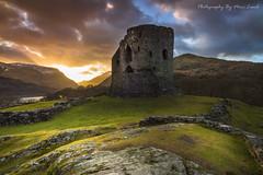 Dolbadarn Castle (marc_leach) Tags: dolbadarncastle llanberis llynpadarn snowdon snowdonia northwales sunrise lake landscape canon tokina1116mm