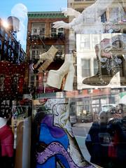 Around Soho in NYC (Clara Ungaretti) Tags: newyork newyorkcity nyc ny novayork manhattan america estadosunidos estadosunidosdaamérica unitedstatesofamerica unitedstates us usa street streetlife streetphotography urban architecture archdaily lowermanhattan soho marcjacobs window reflections fashion fashionworld fashionista fashionphotographer fashionphotography