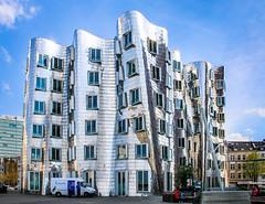 Gehry II building, Media Harbor, Dusseldorf, Germany. (riosca45) Tags: gehry dusseldorf germany canon 70d stainless steel