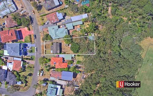 27 Fewtrell Av, Revesby Heights NSW 2212