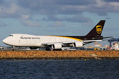 UPS Boeing 747-84AF N605UP (Mark Harris photography) Tags: boeing yssy sydney plane aviation canon 5d 747 7478 water botany cargo ups