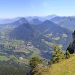 Vue magnifique depuis la Dent de Rossanaz sur la Croix et le massif des Bauges (2) thumbnail