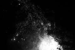 Oldebroek, Netherlands (bm^) Tags: oldenbroek gelderland nederland vuurwerk firework vuur new year netherlands live zf2 planart1450 carl nikond700 landal t loo oldebroek nl