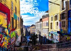 Rue Estelle - Cours Julien à Marseille (thierrybalint) Tags: ville city sky building marseille nikoniste ruelle alley streetart street tags rue pietonne pedestrian pédestre couleurs colors