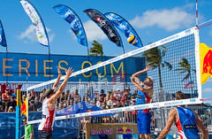Match 59: Round of 16: USA vs. Canada (cmfgu) Tags: craigfildesfineartamericacom fédérationinternationaledevolleyball internationalfederationofvolleyball fivb swatchfivbbeachvolleyballmajorseries worldtour fortlauderdale ftlauderdale browardcounty florida fl usa unitedstatesofamerica beach volleyball tournament professional sun sand tan athlete athletics ball net court set match game sports outdoors ocean palmtrees men can canada jakegibb olympian taylorcrabb sampedlow