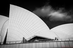 Sydney Opera House (eggwah123) Tags: sony sonya7rii a7rii fullframe mirrorless sonyfe1635mm 1635mmf4 zeiss 1635mm operahouse sydney sydneyharbour blackandwhite bw lightroom lightroombalckandwhite uwa ultrawideangle wideangle cloud darksky