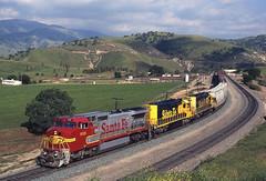 933 02-05-95 (IanL2) Tags: atsf ge 933 bealville tehachapi california usa trains railways railroad