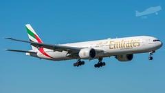 A6-EBV Boeing 777-31HER (P.J.V Martins Photography) Tags: a6ebv boeing 777 emirates jetliner plane aeroplane aircraft airplane airliner lisboa lisbon flying flight landing portugal