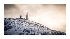 Mont Ventoux (84) - France (Romain VENOT) Tags: france montagnes mountains baronniesprovencales drôme ventoux montventoux sunset brume hiver winter neige snow
