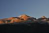 Últimos rayos de luz en las cumbres (Jose Andres B) Tags: {agreguesuspalabrasclavedelimitadasporpuntoycoma} jabrbio pirineos collarada collaradeta huesca