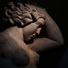 """Lyon - Musée des Beaux Arts - Statue """" La montagne """" d'Aristide Maillol. Côté face. (Gilles Daligand) Tags: lyon muséedesbeauxarts statue tête lamontagne aristidemaillol olympus omdem5 75mm"""