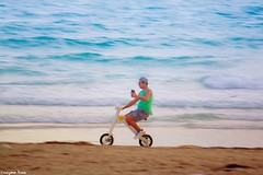 May your day (gusdiaz) Tags: south beach miami florida fl winter selfie sunrise sunset canon canonphotography funny awesome amanecer atardecer invierno bike bycicle bicicleta chistoso humoristico humor playa agua mar
