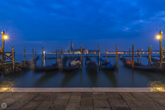 San Giorgio Maggiore [IT] (ta92310) Tags: travel winter 2018 europe italie italy italia venice venise venezia veneto bluehour night nuit soir soirée longexposure architecture reflection reflet saintmarc sanmarco place piazza basilique basilic basilica eglise church chiesa vénétie sangiorgiomaggiore gondole canon
