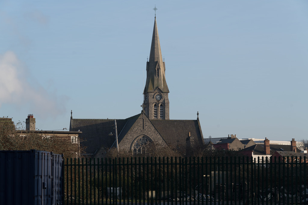 SAINT PATRICK'S CHURCH 1916 [LOCATED BESIDE RINGSEND BRIDGE]-135369