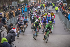 Maud Kaptheijns is the first at the cornet (G. Warrink) Tags: cyclocross veldrijden nkveldrijden cycling surhuisterveen elite women womenscycling womenofcycling