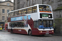 Lothian Buses 691 SN04AEE (Will Swain) Tags: edinburgh 25th november 2017 bus buses transport travel uk britain vehicle vehicles county country scotland scottish north northern central city centre lothian 691 sn04aee