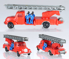 EKO-2019-Magirus-Fire (adrianz toyz) Tags: plastic toy model 187 scale ho fire engine service turntable escape ladder eko magirus spain magirusdeutz 2019