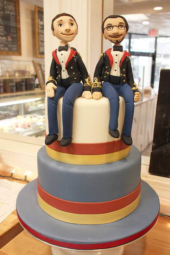 Military Figurines Wedding Cake