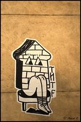 DSC_0670 (Pascal Rey Photographies) Tags: streetart streetphotography lyon lugdunum croixrousse xrousse france auvergnerhônealpes digikam digikamusers graffitis graffs graffik graffiti tags popart pochoirs pop papiercollé walls murs muros murales fresquesmurales peinturesmurales peinturesurbaines fresquesurbaines dada dadaisme photographielibertaire photographieanarchiste pascalreyphotographies pascalrey photographiecontemporaine photos photographie photography photograffik photographieurbaine photographienumérique photographiedigitale urbanart urbanphotography slogans wallpaintings walldrawings rues inthestreets