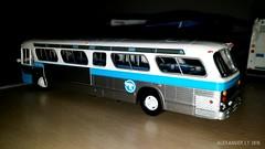 Rapido Trains STCUM 16-046 (6) (Alexander Ly) Tags: rapido trains ho scale model bus autobus modèle réduit gm gmc gmdd new look t6h5307n stcum stm societe de transport montreal quebec canada ctcum novabus nova lfs paperbus prevost h345