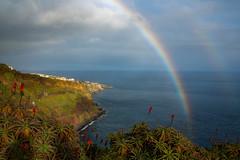 Madeira Rainbow (Meinolle) Tags: rainbow rain madeira weather water atlantik flower nature canon5dmkiii portugal bom green ocean natur landscape seescape regenbogen