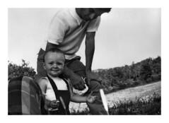 Bodoglie di Todi - agosto 1968 (12) (dindolina) Tags: photo fotografia blackandwhite bw biancoenero monochrome monocromo family famiglia agostinovignato storia history vintage vacation vacanze estate summer country campagna italy italia umbria todi bodoglie 1968 1960s sixties annisessanta