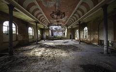 MKP (Martin Kriebernegg) Tags: lost lostplace urbex urban exploration abandoned decay derelict forgotten found former old architectual building creepy dark light arches pillars columns chandelier red green ballroom hdr canon travel