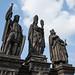 Estátuas do século 18 na ponte