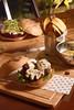 Kangaroo Burger (fotografia e tratamento de imagem) Tags: vegan vegano sanduiche burger hamburguer chips banana falafel arabe beterraba pork potatoes batatafrita frango frito costela