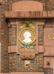 Honor (Eridony (Instagram: eridony_prime)) Tags: duluth saintlouiscounty minnesota canalpark constructed1915 detail architecturaldetails