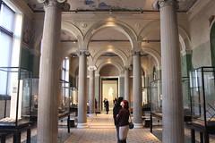New Museum, Berlin (bobmendo) Tags: newmuseum berlin
