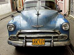 Old Chevrolet in Havana (mandalaybus) Tags: havana cuba cuban car cars auto autos automobile automobiles junker junkers antique antiques chev chevs chevrolet chevrolets