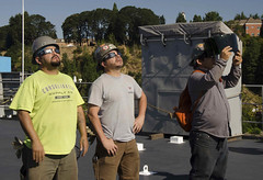 170821-N-DS883-041 (USS Frank Cable (AS 40)) Tags: ussfrankcable as40 submarinetender usnavy navy eclipse solareclipse portland oregon sailors civilianmariners msc militarysealiftcommand vigor shipyard solareclipse2017