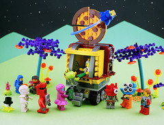 FebRovery 2018 16 (TFDesigns!) Tags: lego space rover febrovery foodtruck frost