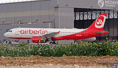 OE-IZS LMML 20-02-2018 (Burmarrad (Mark) Camenzuli Thank you for the 10.3) Tags: airline air berlin aircraft airbus a320214 registration oeizs cn 3945 lmml 20022018