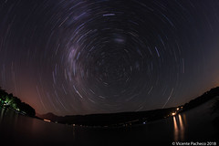 star trail-1 (Vicente Pacheco Escalona) Tags: star trails chile startrail birds south lake calafqen calacquen calafquen long exposure longexposure exposicion estrellas sky cielo stars