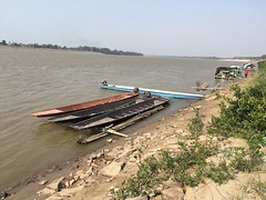 Boats in the Mekong in Nam Pe (SierraSunrise) Tags: boats mekong mekongriver nampe nongkhai rattanawapi rivers thailand transportation water