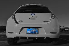 Leaf Let (oybay©) Tags: nissan leaf car automobile electriccar datsun nissanleaf ecological clean