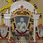 "Guru Puja 2018 _ 01 (4) <a style=""margin-left:10px; font-size:0.8em;"" href=""http://www.flickr.com/photos/47844184@N02/38692501105/"" target=""_blank"">@flickr</a>"