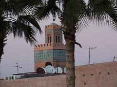 Behind the walls (Shahrazad26) Tags: kasbah marrakech marokko maroc morocco muur wall minaret moskee mosque moschee moschea mosquée palmtrees palmbomen palmiers