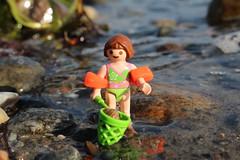 Kätscher 5 (Klickystudios) Tags: playmobil outdoor ostsee strand wasser