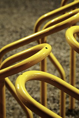 project365-180117 | Bicycle Rack (Johannes Ortner) Tags: aphotoaday countrycodese fahrrad malmö reihe schweden skånelän struktur gelbgold pictureaday project365 farbe se