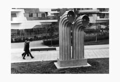 2+2 (serdor) Tags: tretorri milano analogica streetphoto leica iiig ilford pan100 ilfordmgfb bianconero pellicola città lombardia r09 monocromatica baritata