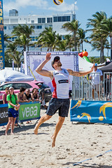 Match 59: Round of 16: USA vs. Canada (cmfgu) Tags: craigfildesfineartamericacom fédérationinternationaledevolleyball internationalfederationofvolleyball fivb swatchfivbbeachvolleyballmajorseries worldtour fortlauderdale ftlauderdale browardcounty florida fl usa unitedstatesofamerica beach volleyball tournament professional sun sand tan athlete athletics ball net court set match game sports outdoors ocean palmtrees men can canada sampedlow