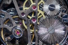 mécanisme (pj lens) Tags: engrenage montre gousset or bronze noir blanc bleu heure horloge chaine aiguille tictac tic tac temps modern time macro 550d canon sigma 105mm
