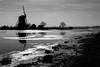 Mill in backlight (mennomenno.) Tags: mill molen langsderotte zwartwit blackwhite ijs ice frost vorst river